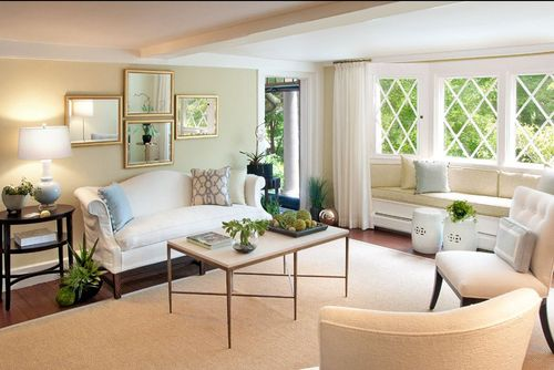 The design of a low-ceiling living room